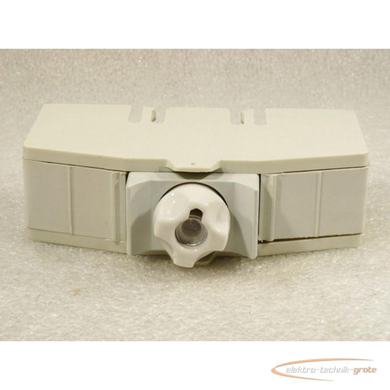 8001 01718 05 neozed sicherungssockel 1 schraubkappe 7 65. Black Bedroom Furniture Sets. Home Design Ideas